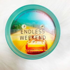 Bath and Body Works || Endless Weekend 3-Wick